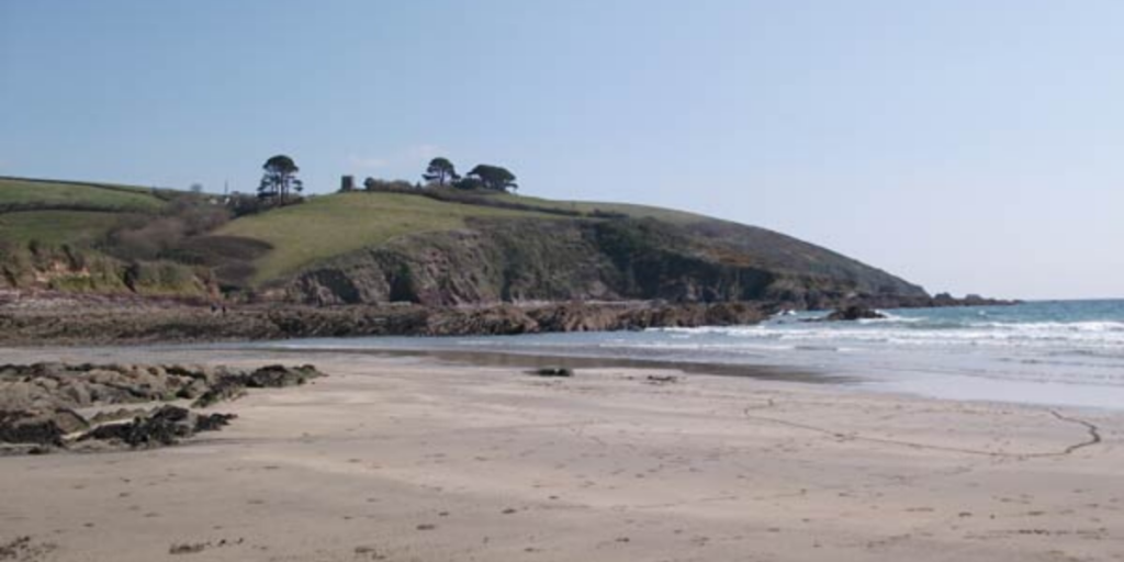 Things to do in Cornwall this Autumn - explore quiet beaches