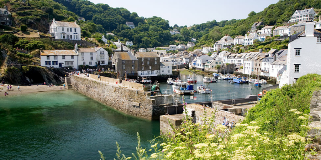Polperro harbour - walking holidays in Cornwall